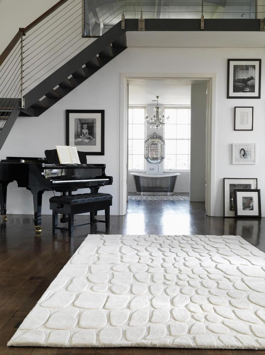 Белый рельефный ковер