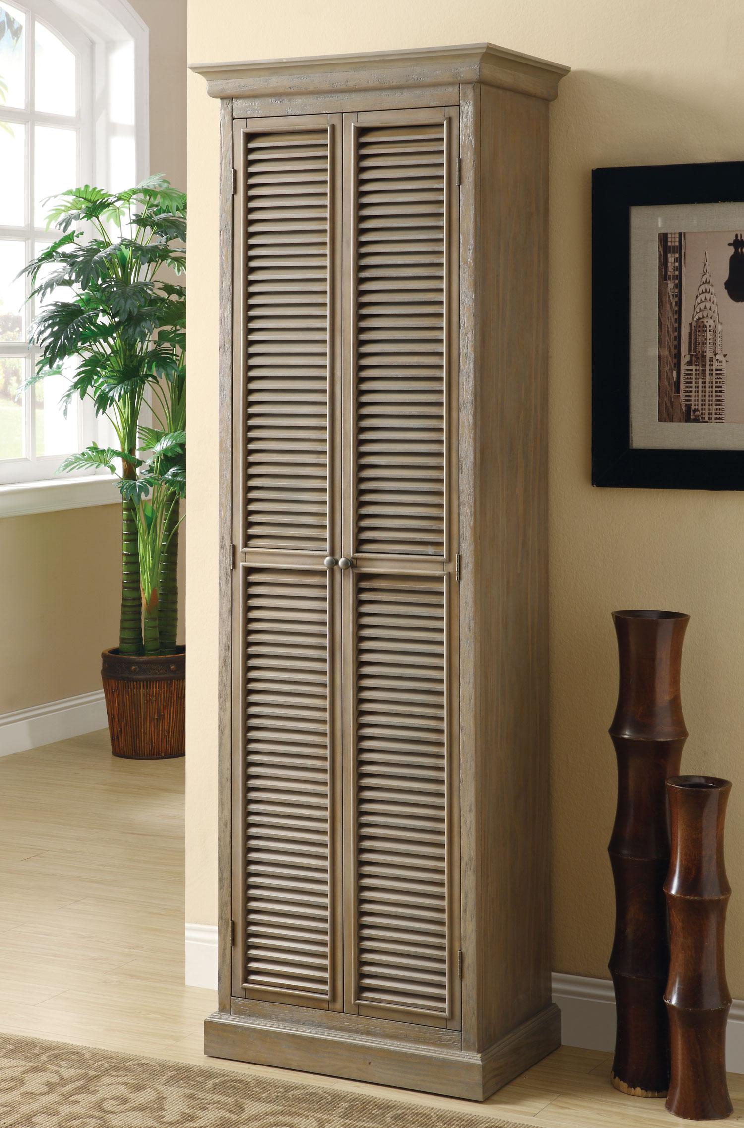 Шкаф-пенал с решеткой для вентиляции