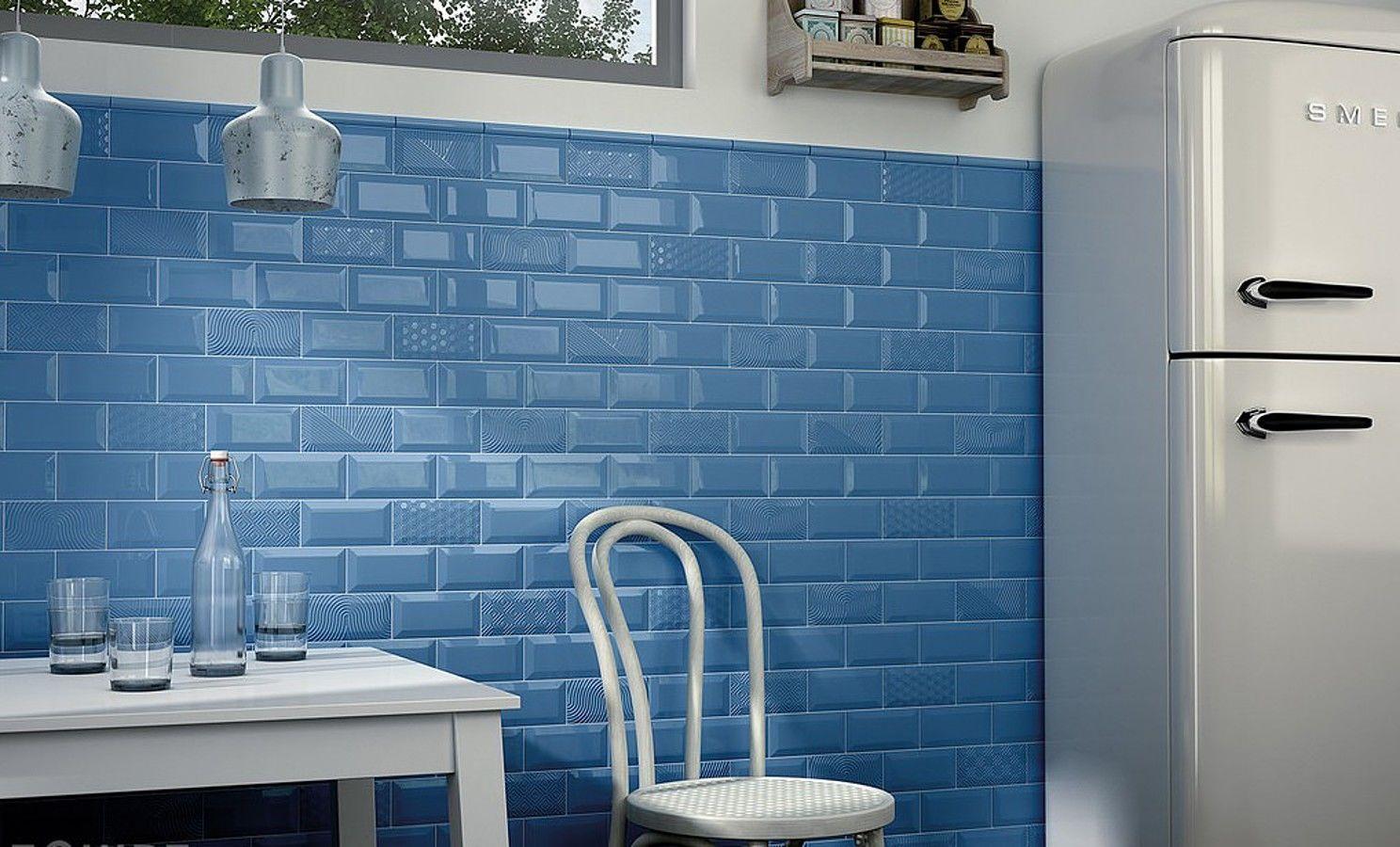 Голубая мозаика в стиле ретро