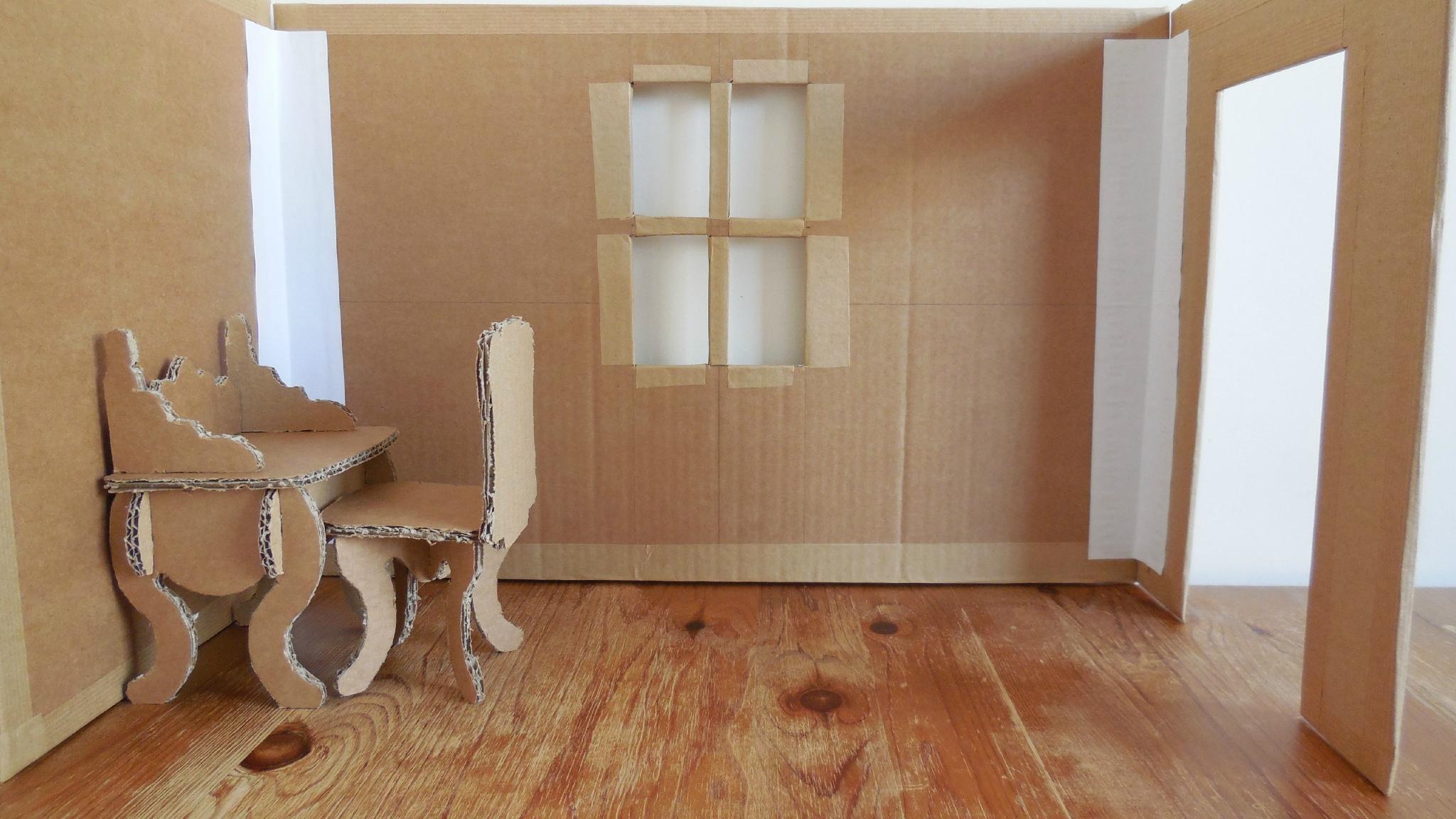 Мебель из картона резного игрушечная