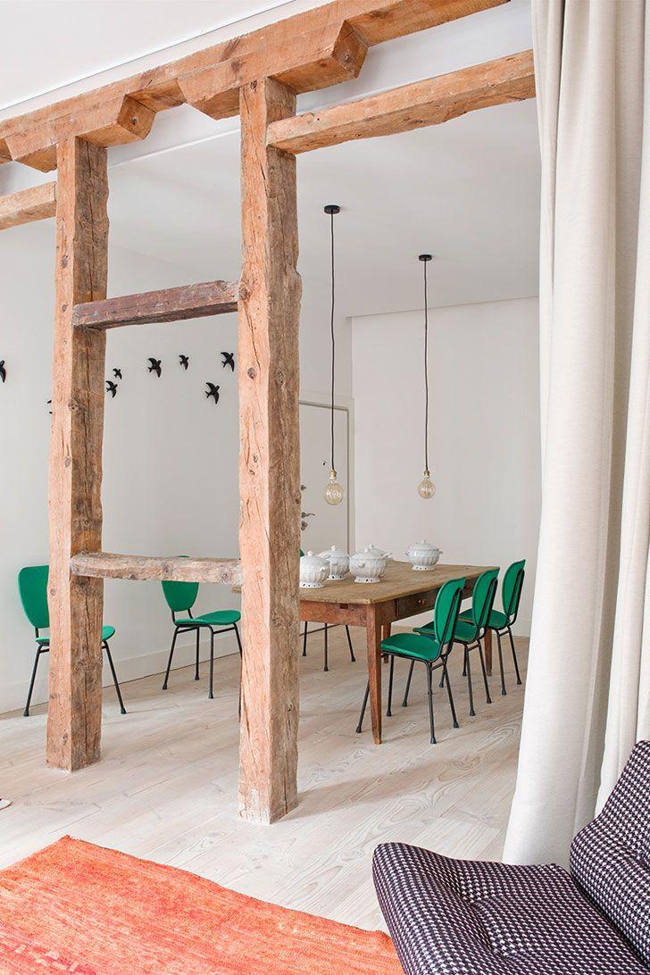 Перегородка между кухней и гостиной в рустикальном стиле