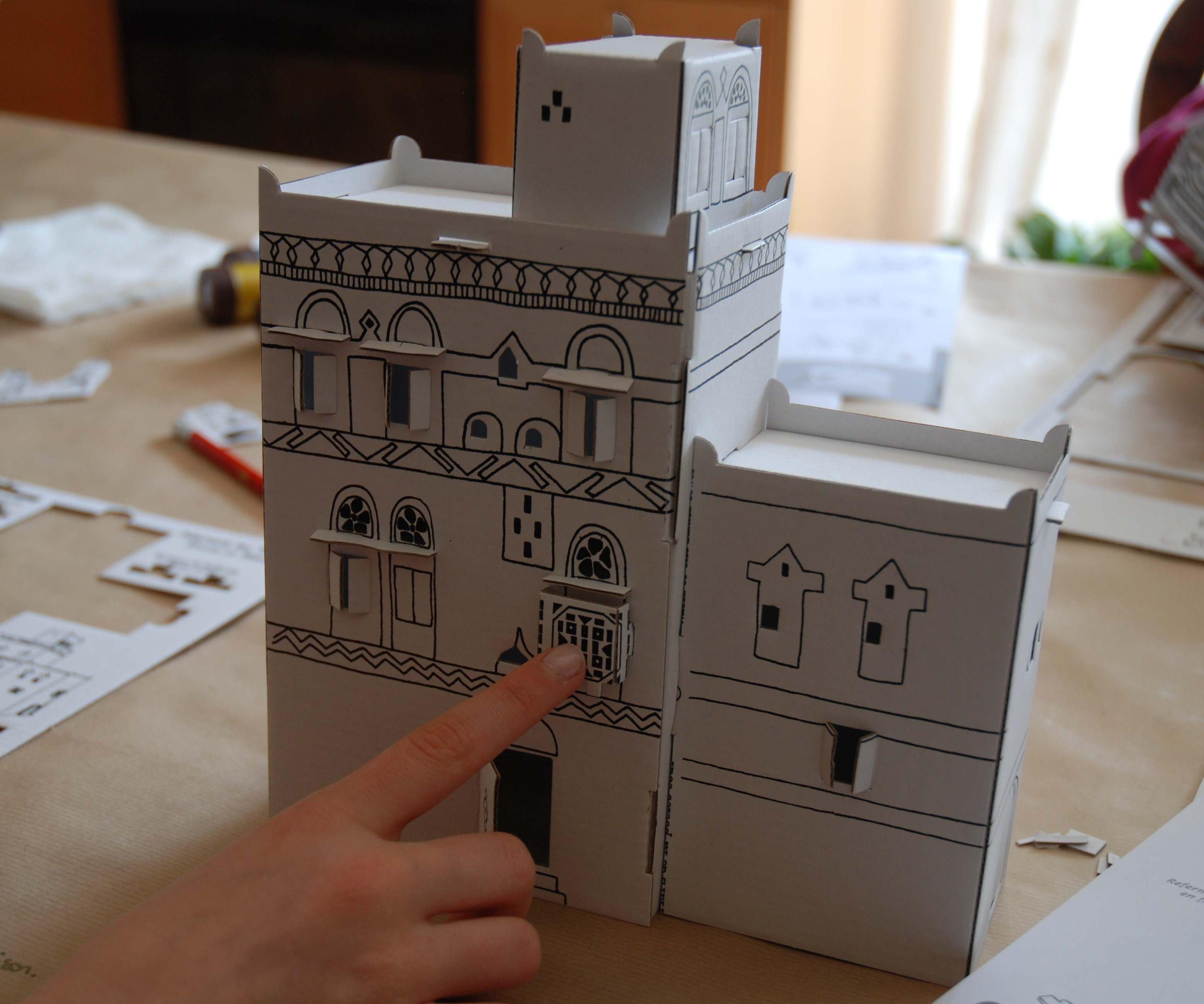 Домик из картона самодельный