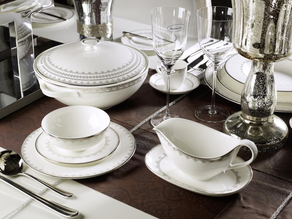 Фарфоровая посуда с серебром