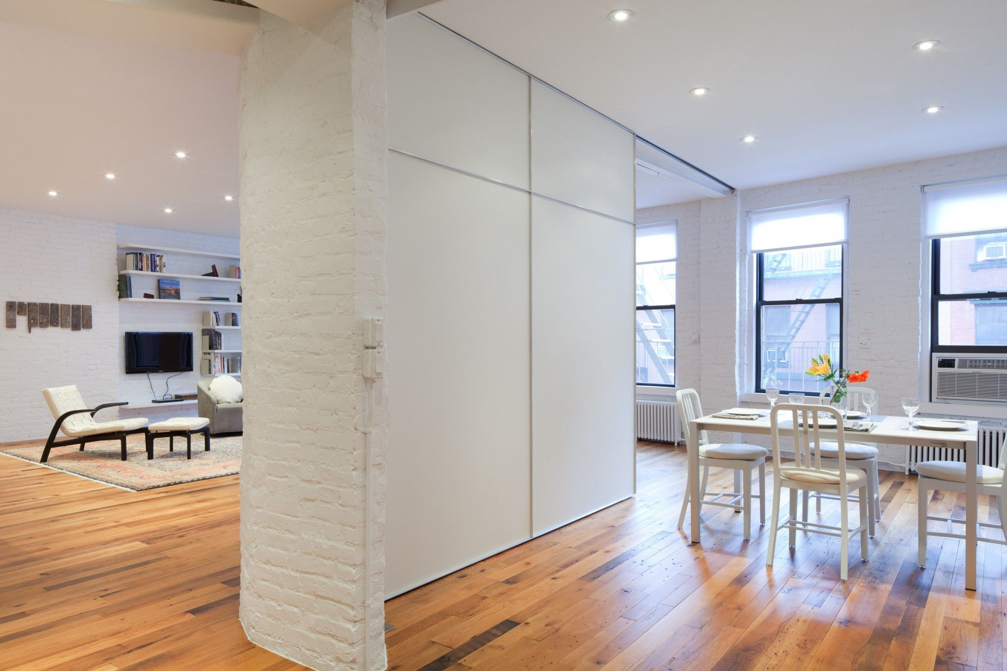 Перегородка шкаф между кухней и гостиной