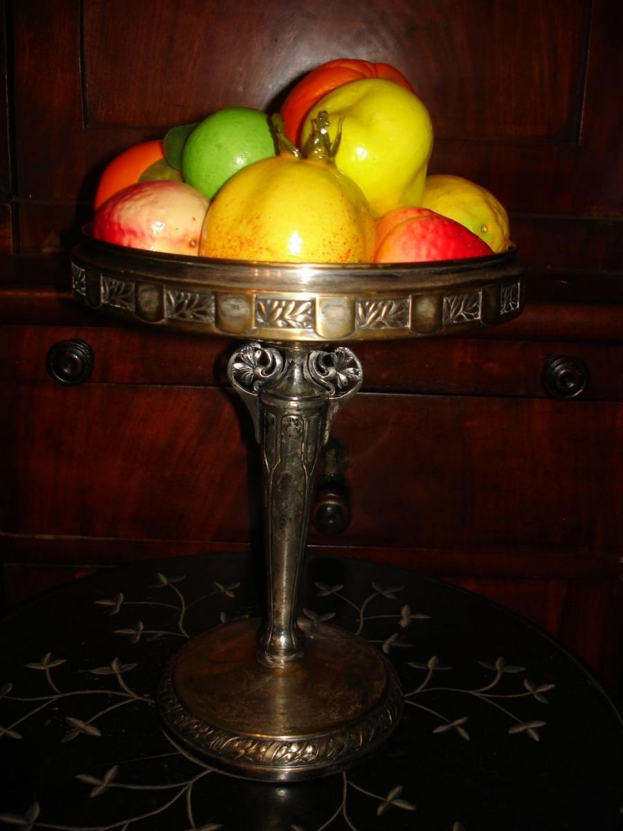 Старинная ваза для фруктов