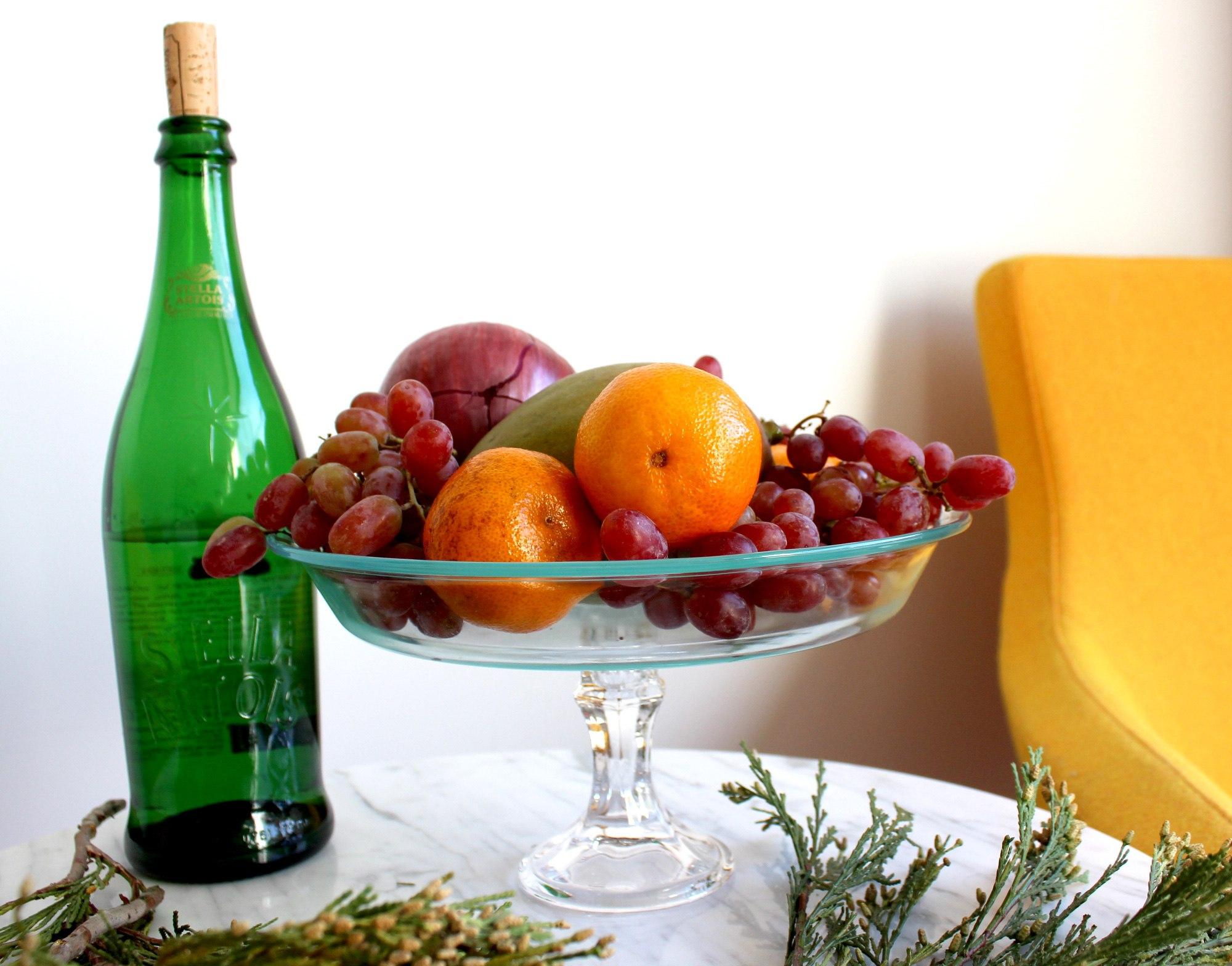 Стеклянная ваза для фруктов