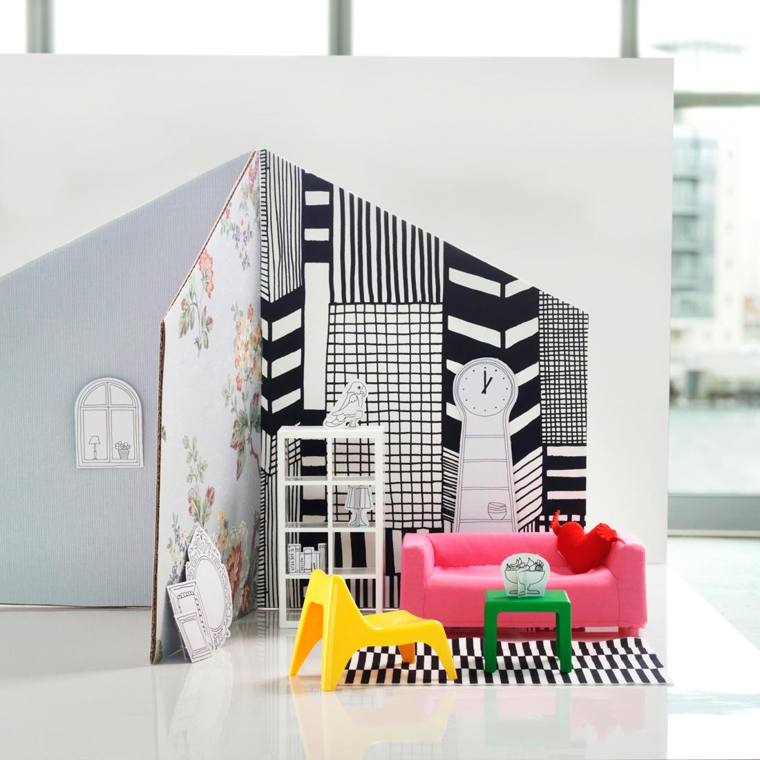 Стены из картона в кукольном домике