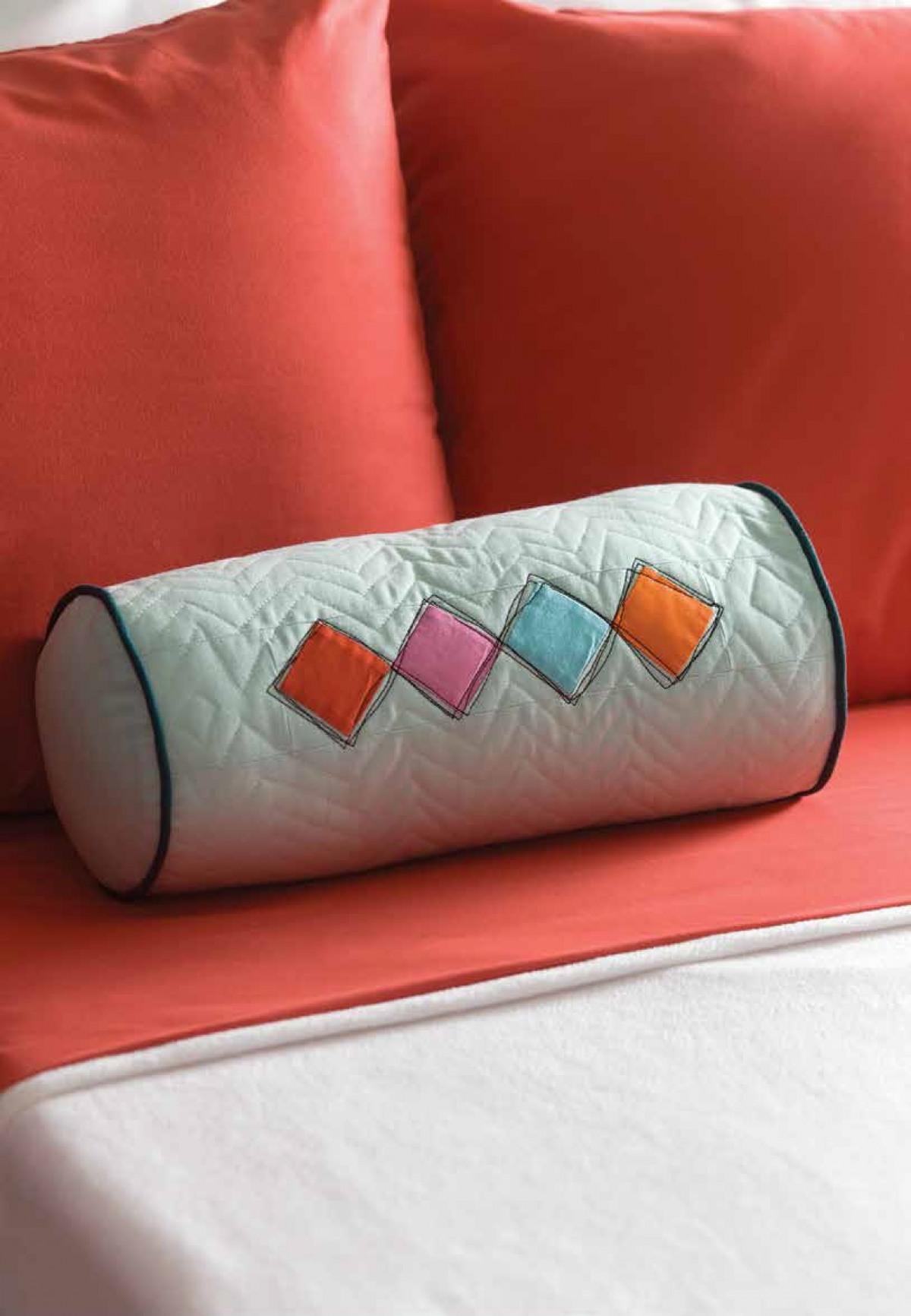 Подушка валик со стежкой