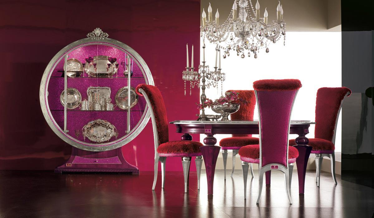 Малиновый цвет в интерьере столовой