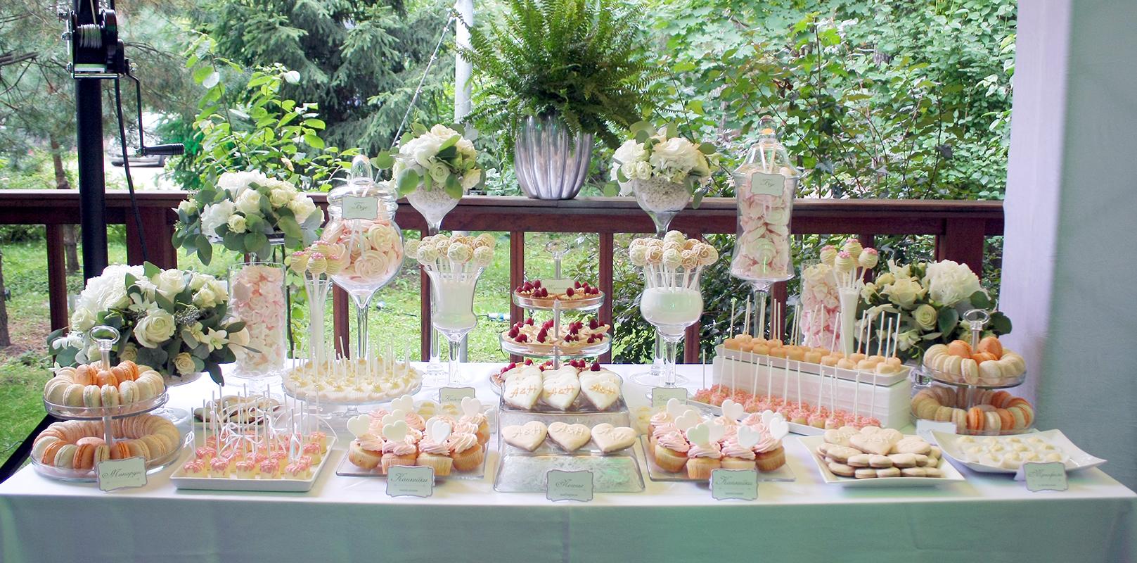 Оформление свадебного фуршетного стола