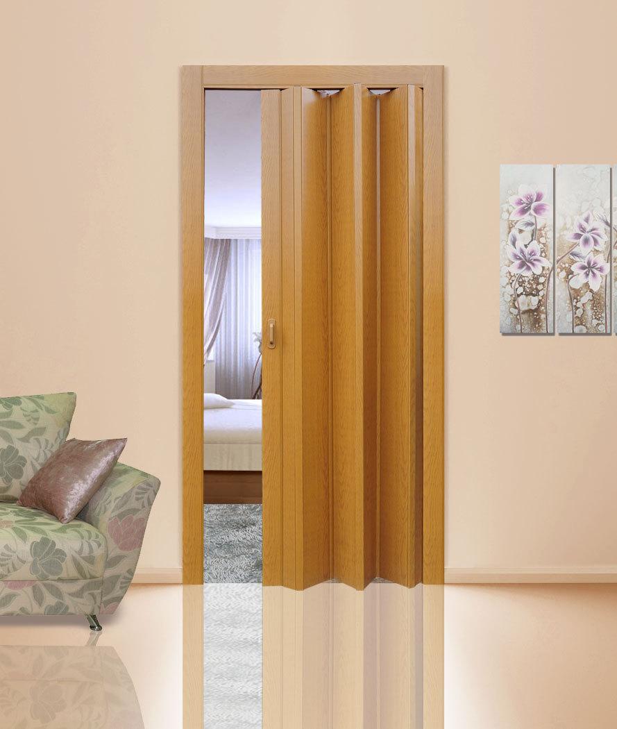 Светлая дверь-гармошка