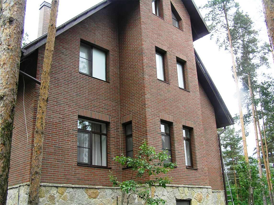 Теплоизоляция фасадными панелями под кирпич