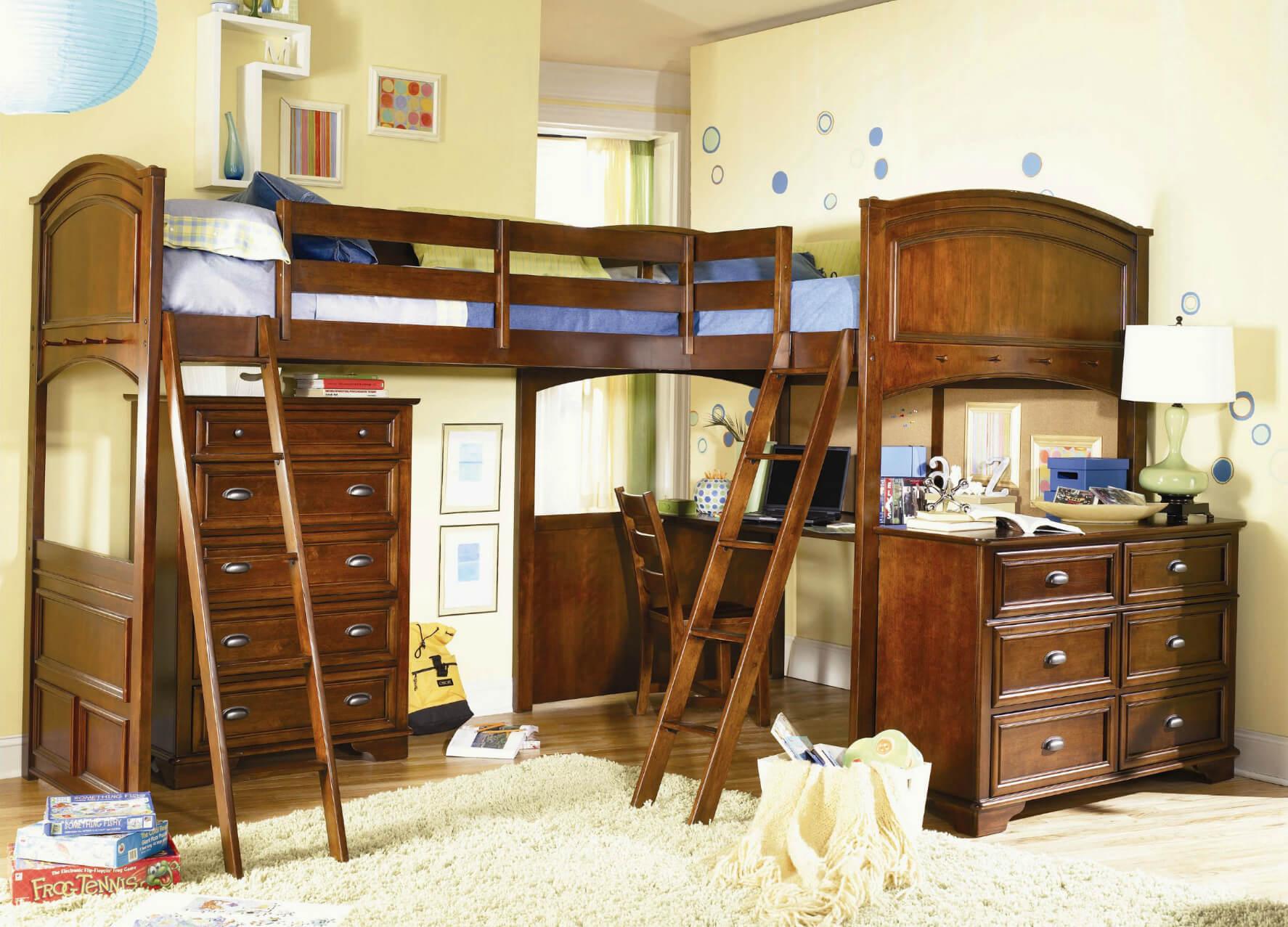 Детская угловая кровать с бортиками