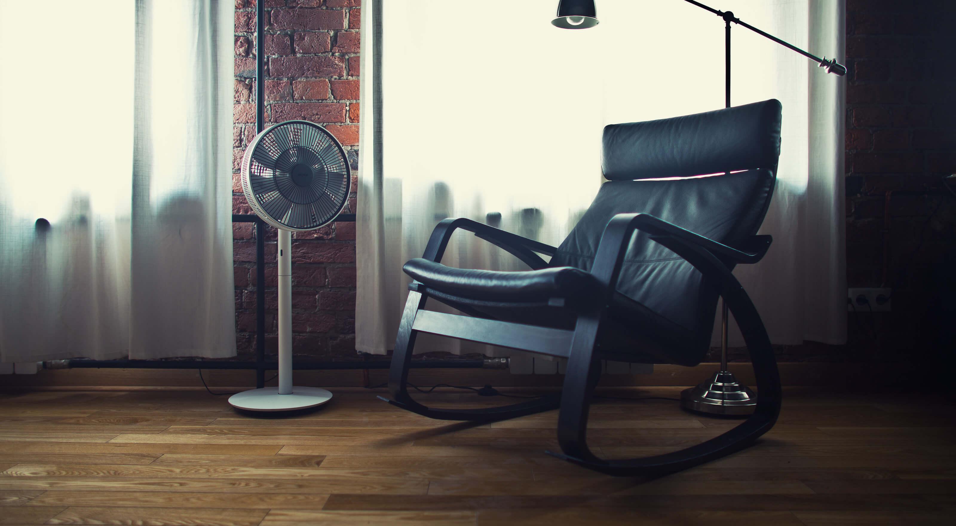 Напольный вентилятор с функцией увлажнения воздуха