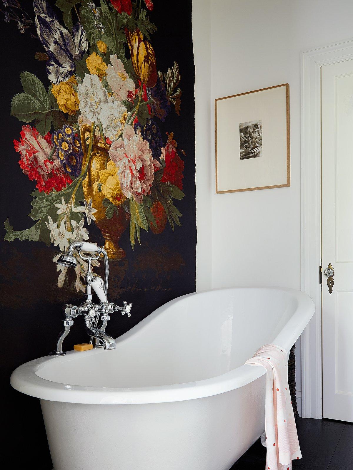 Ванна из чугуна в викторианском стиле