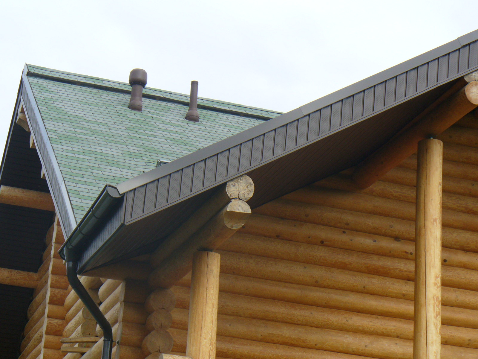 Виниловые софиты на крыше