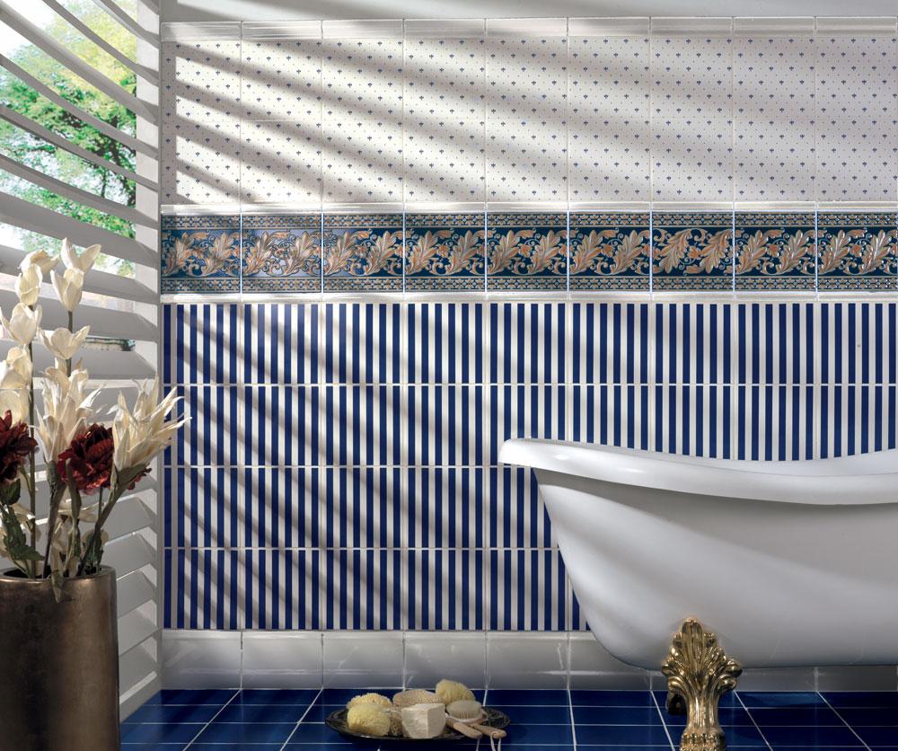 Синяя винтажная плитка в ванной