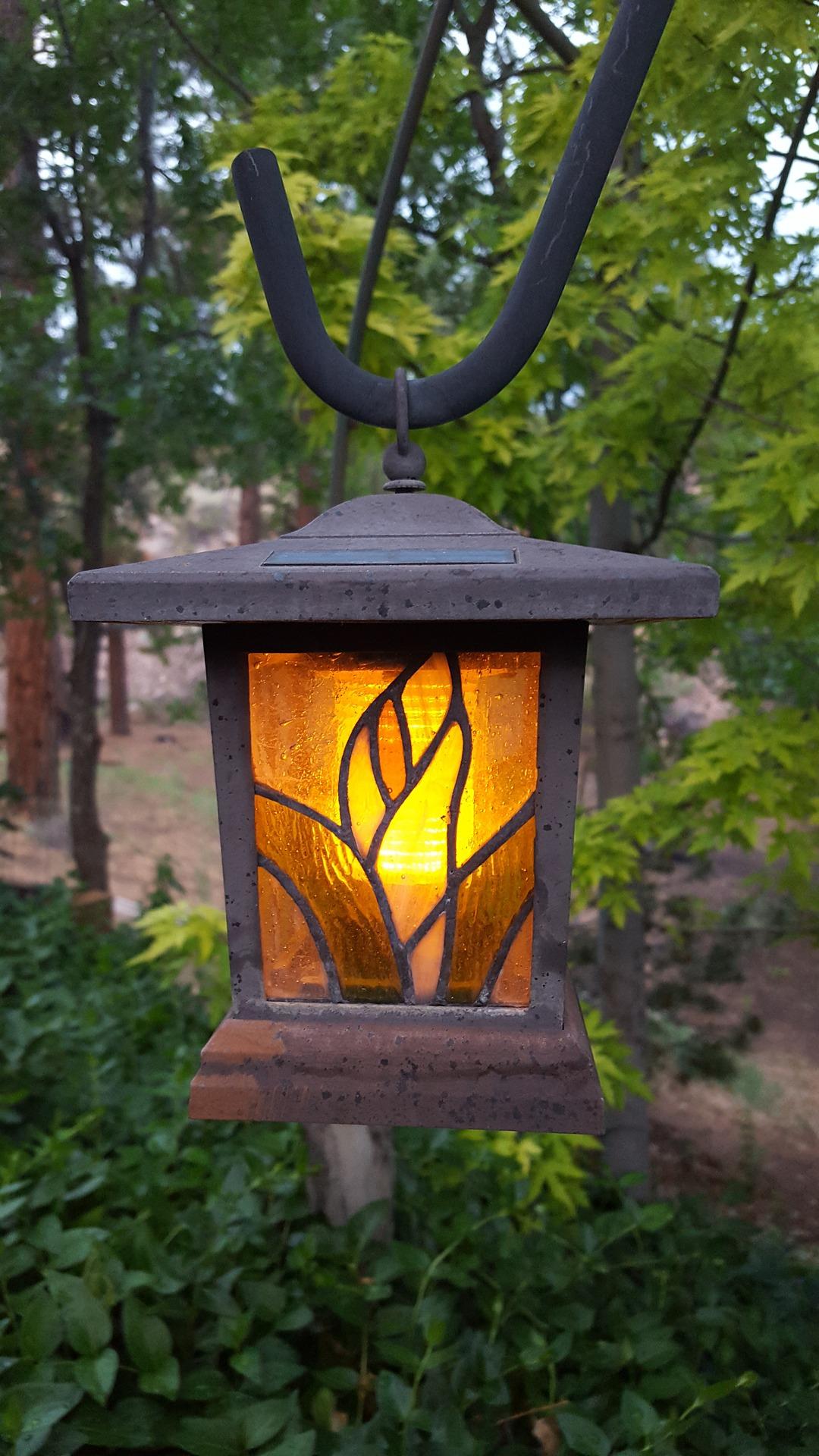 Витражная лампа с фотореле