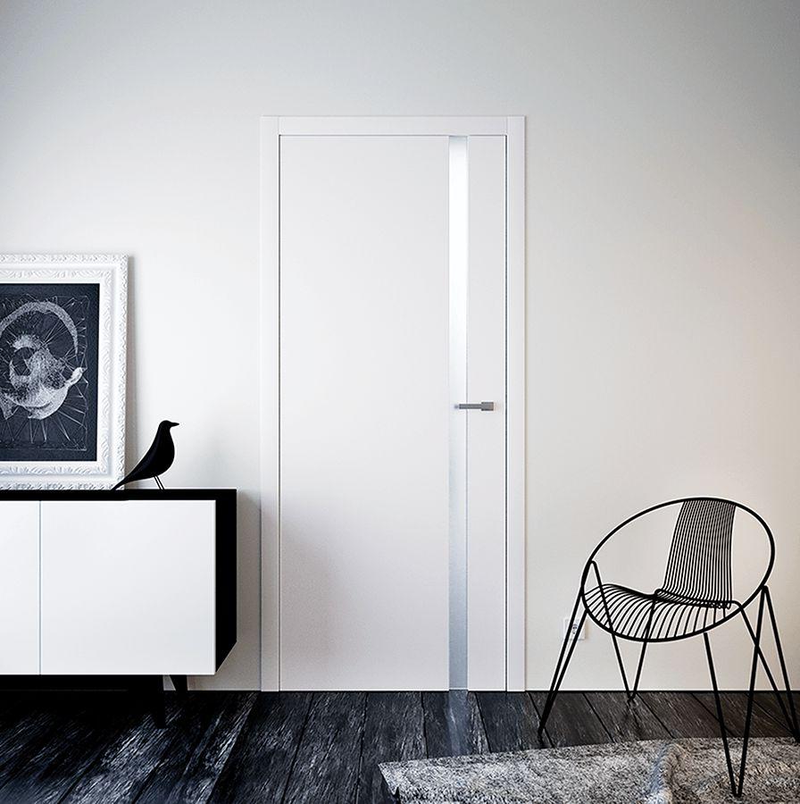 Скрытая дверь с декоративной вставкой