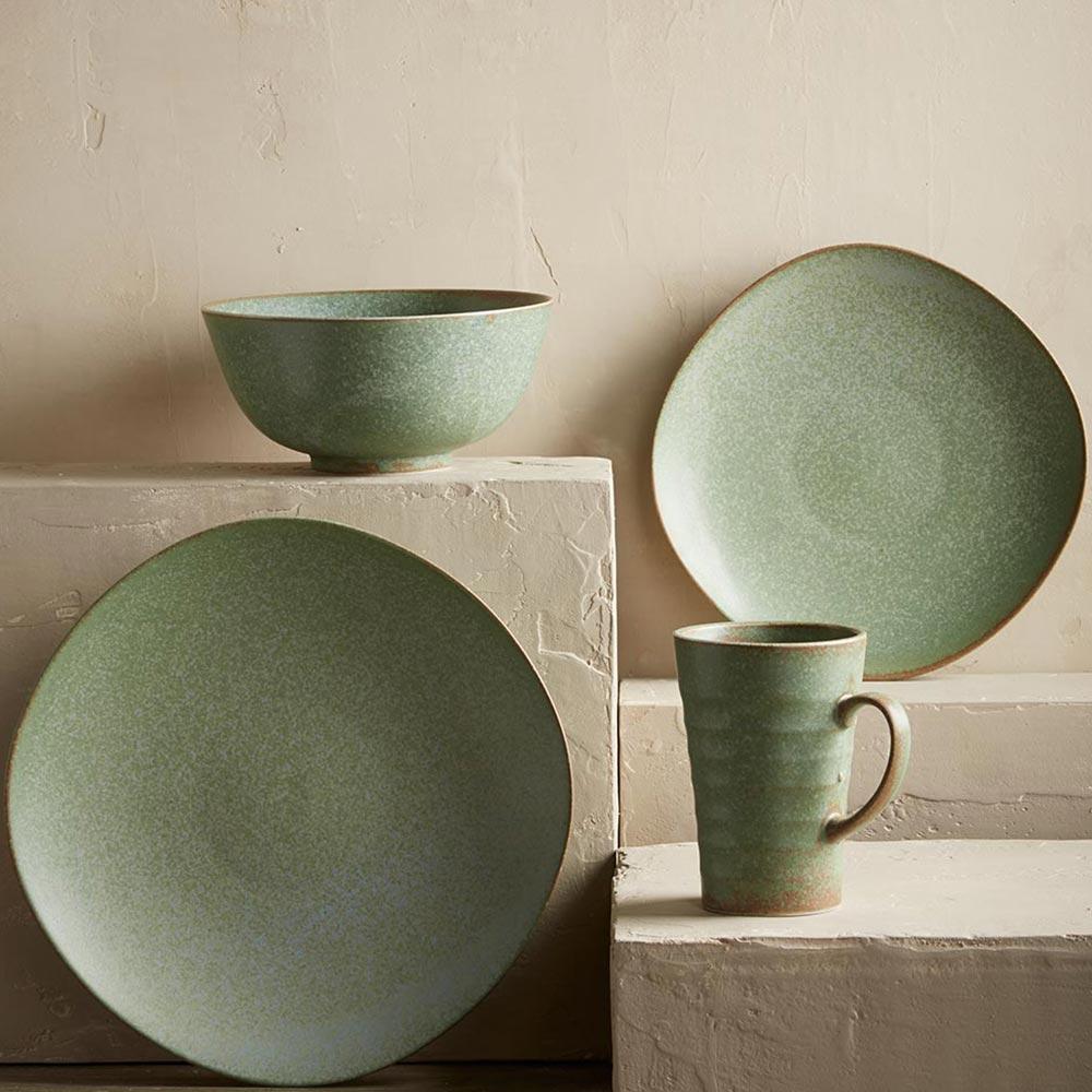 Посуда из зеленого камня