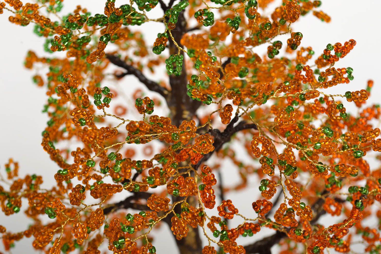 Дерево из желтого бисера