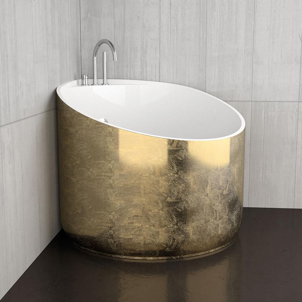 Круглая золоченая ванна