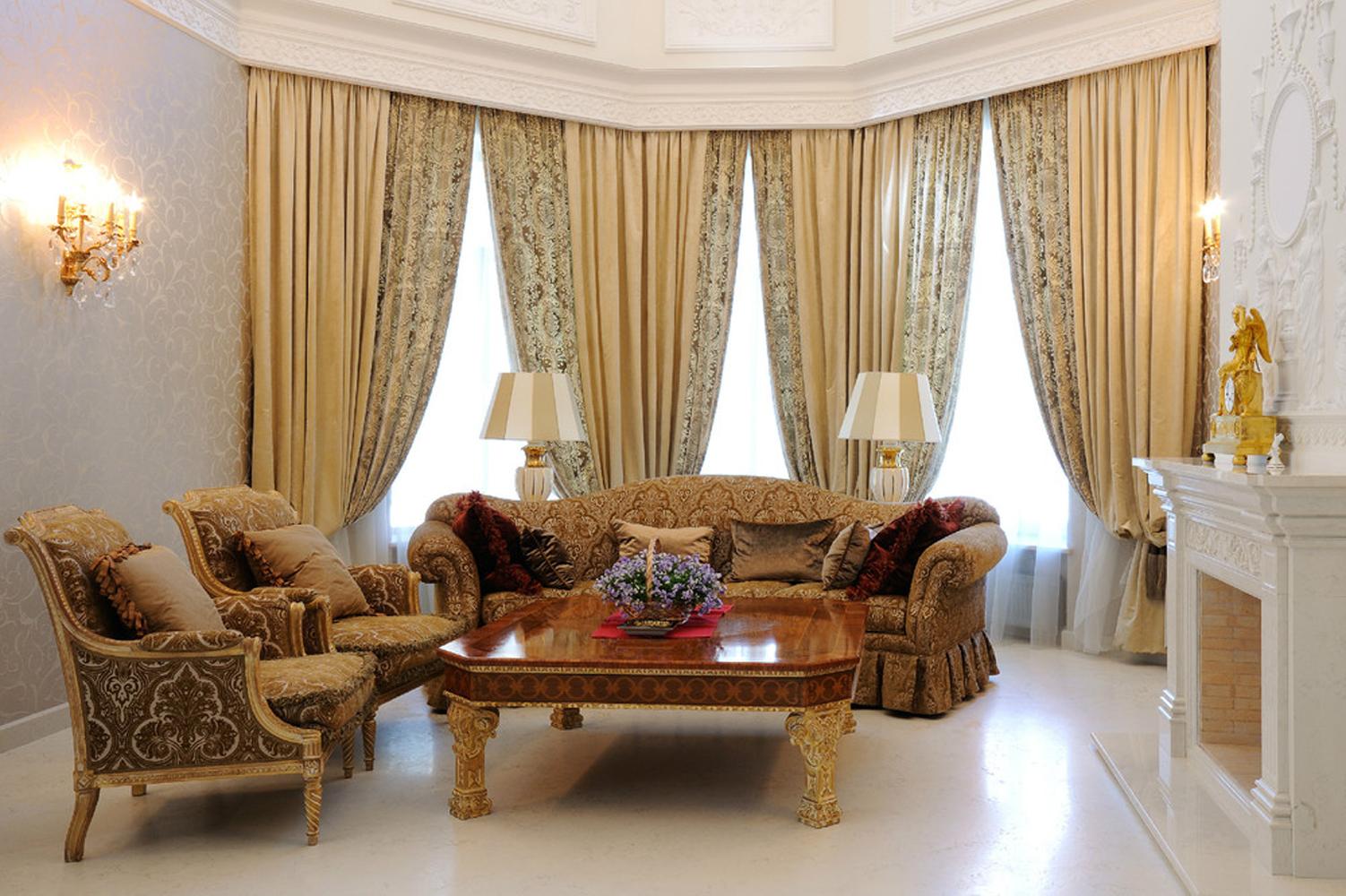 Атласные классические шторы