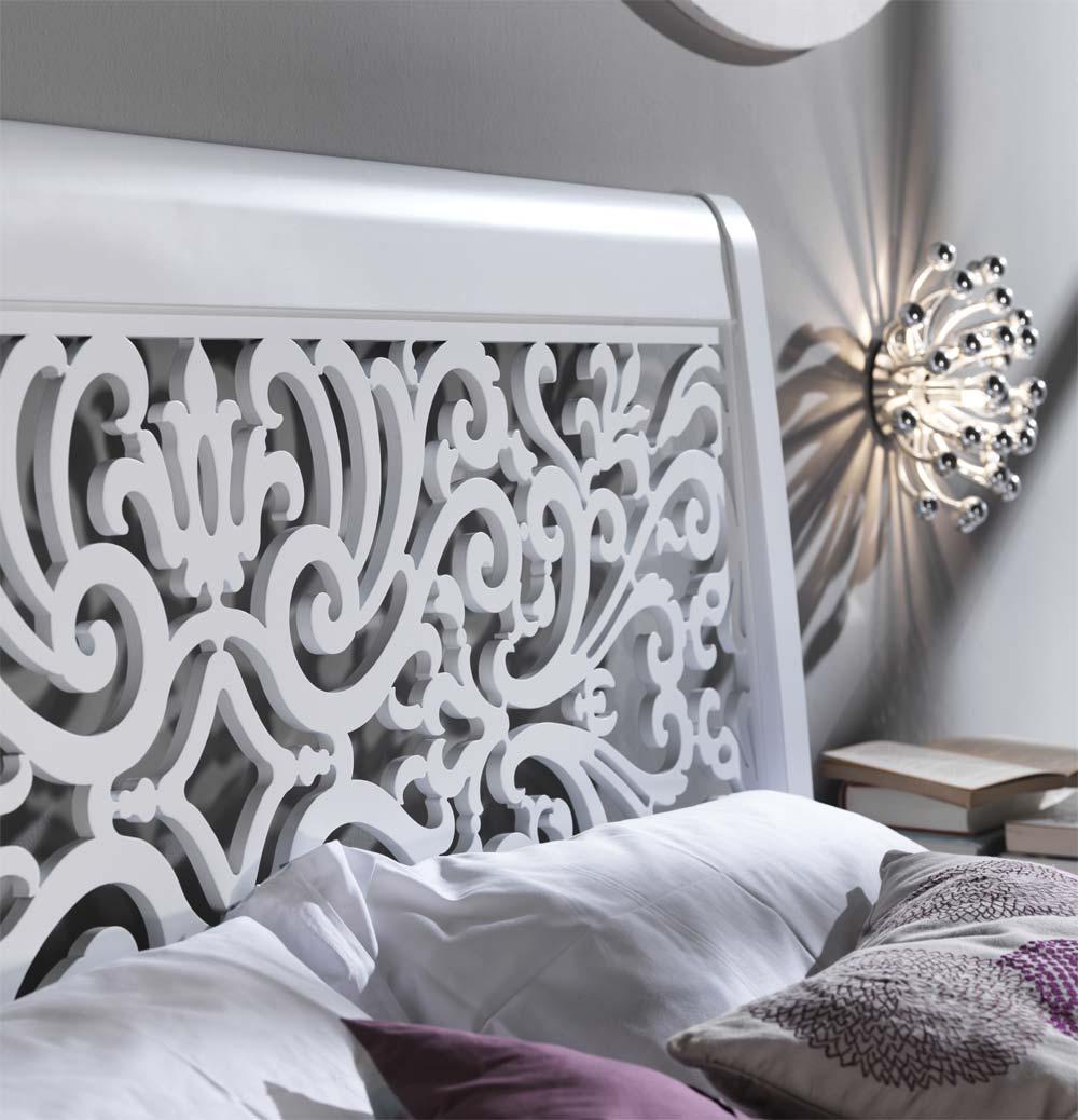 Резная ажурная кровать