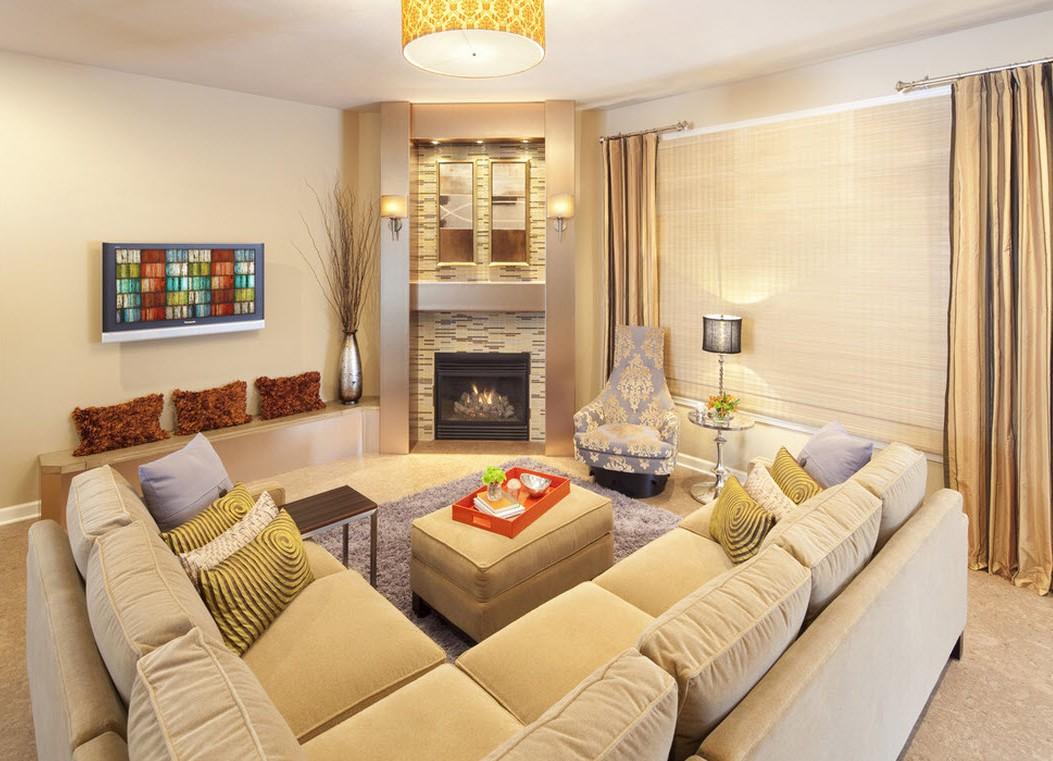 Бархатный белый диван