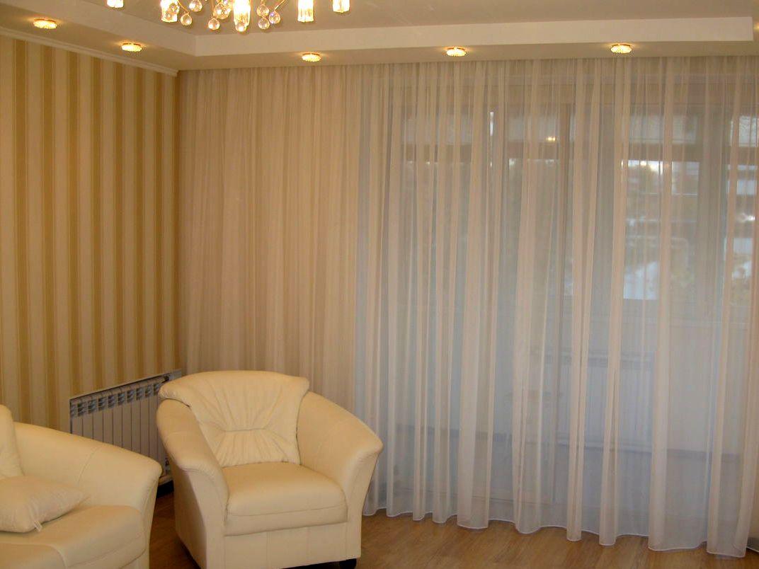 Белый тюль для гостиной