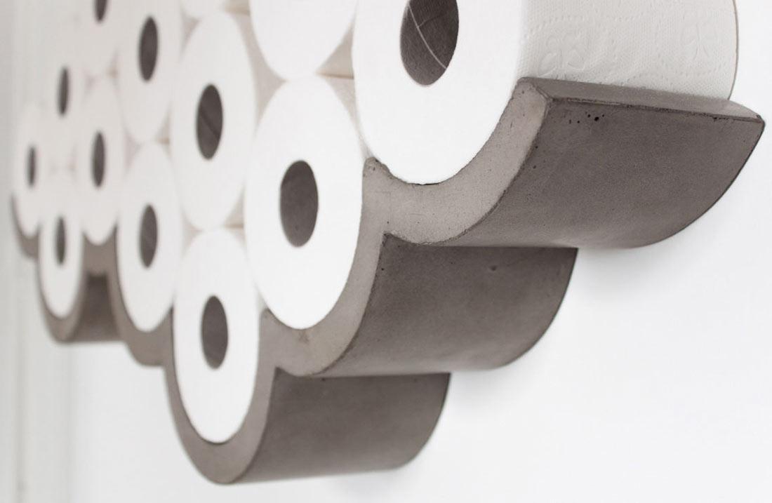 Держатели для туалетной бумаги: стандартные варианты и оригинальные идеи (21 фото)