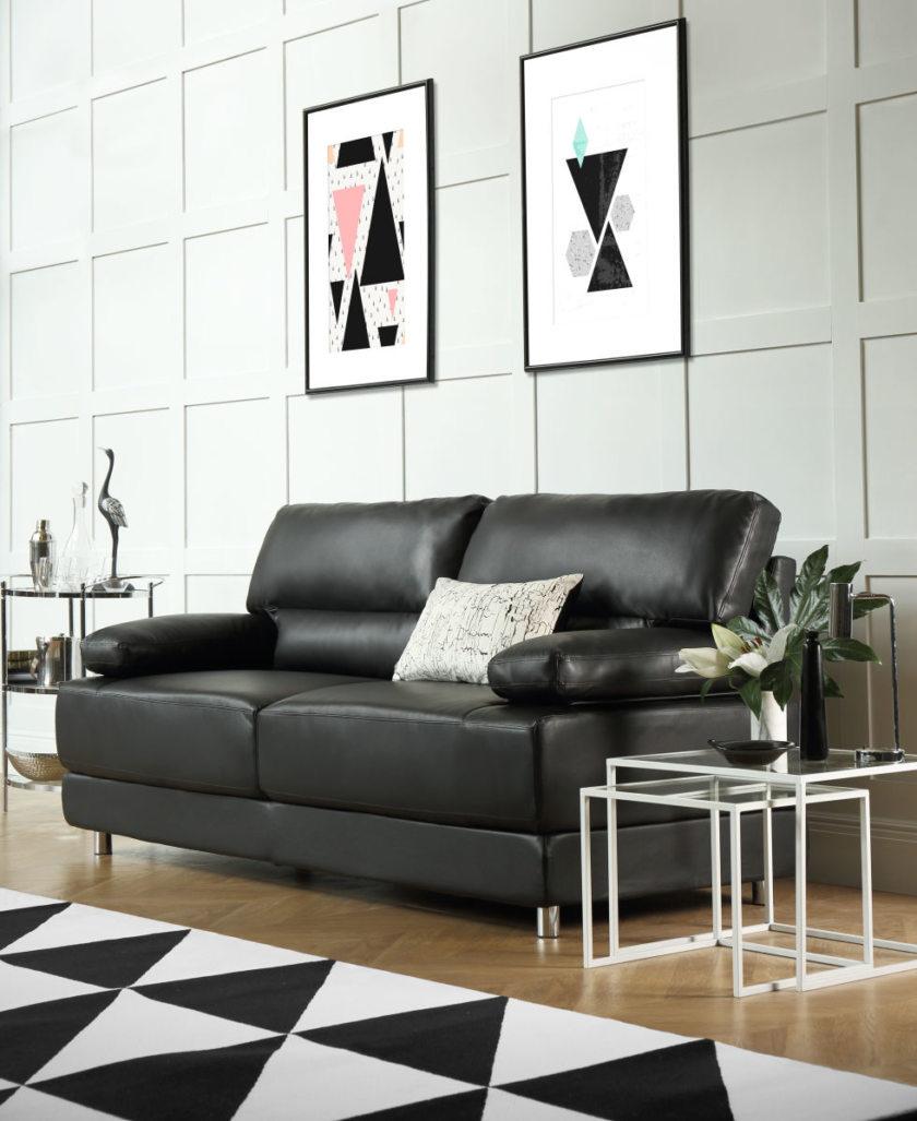 Черный диван 2019