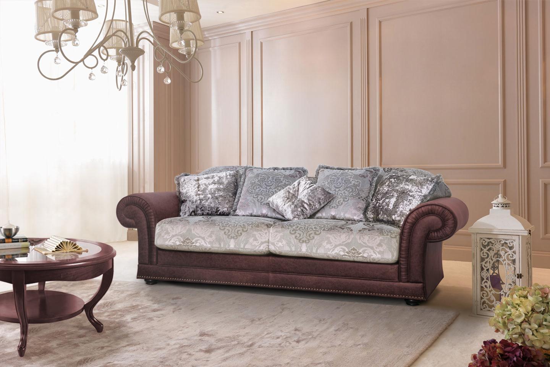 Выкатной диван в классическом стиле
