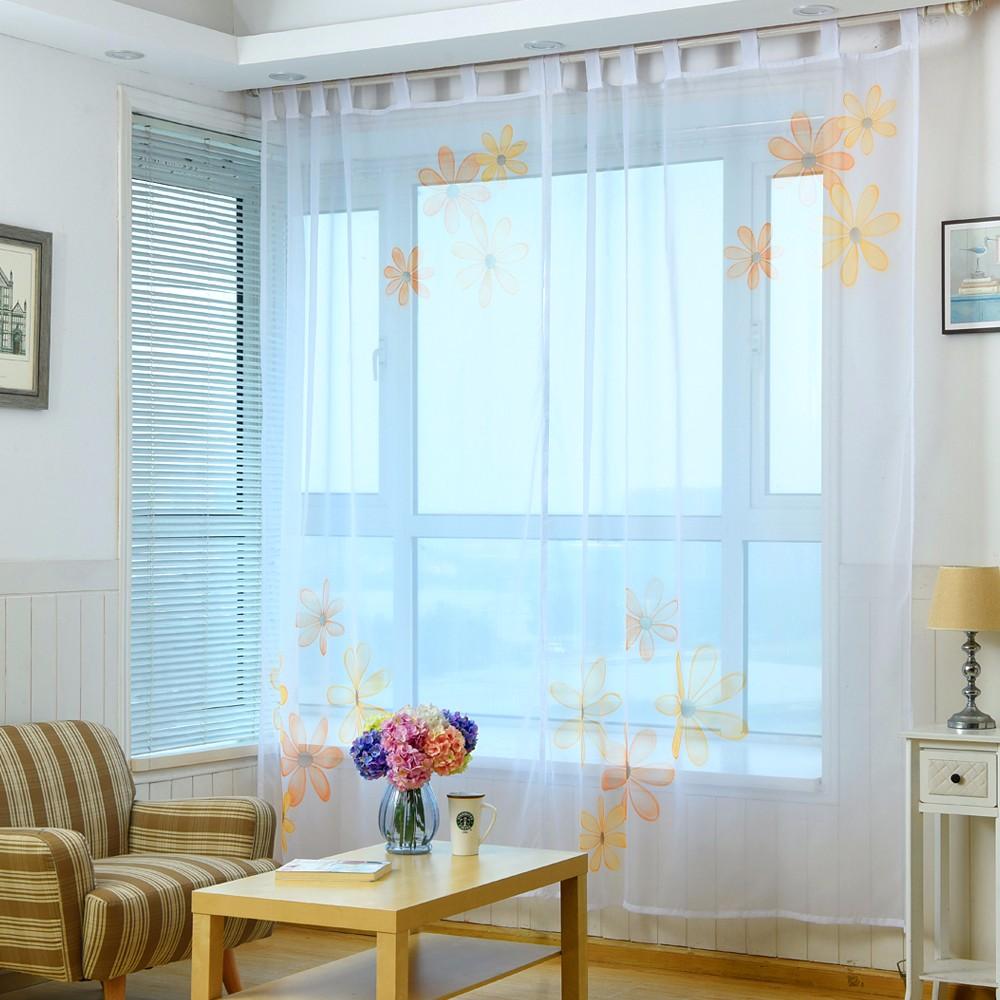 Тюль для гостиной с цветами