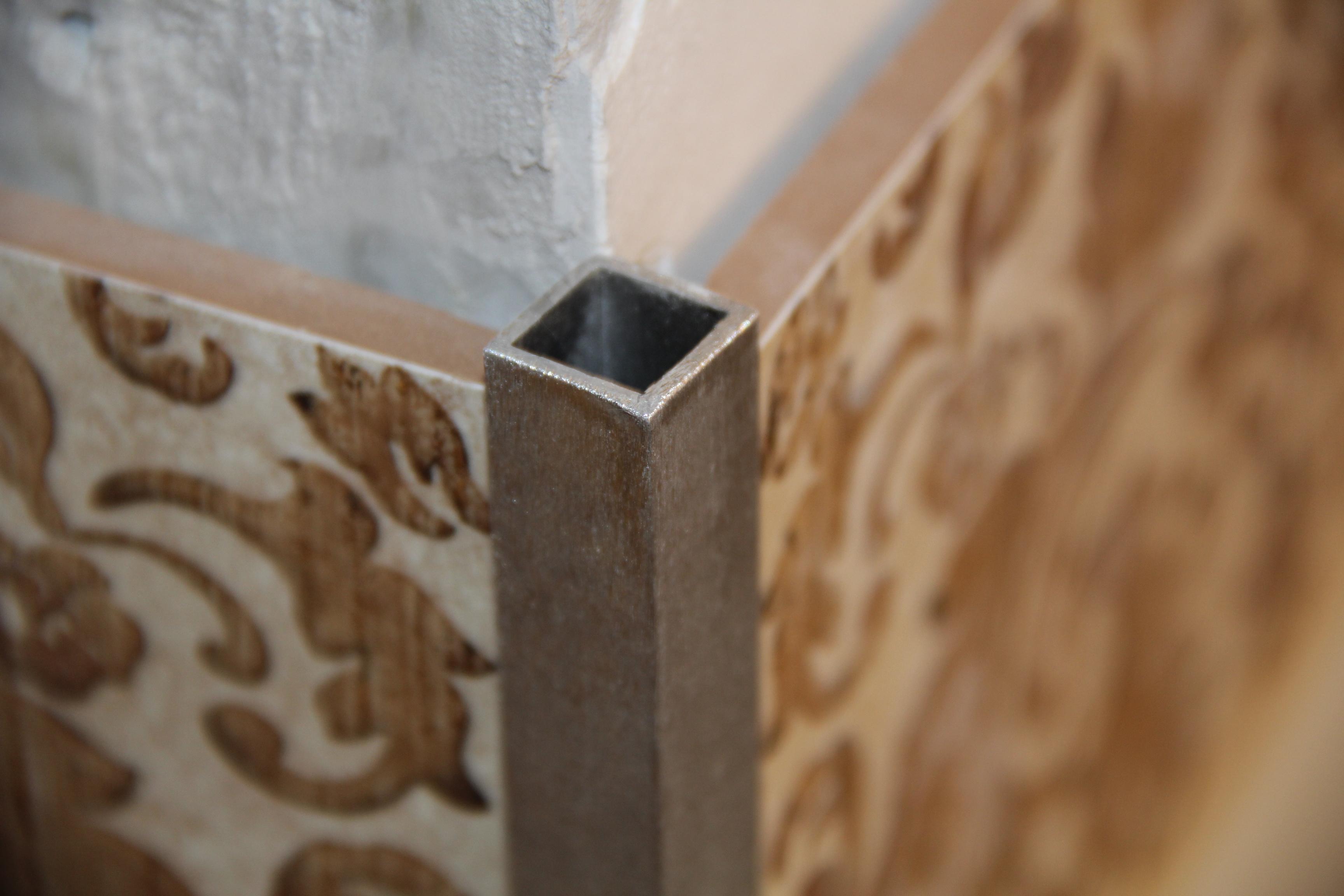 Декоративный уголок для плитки