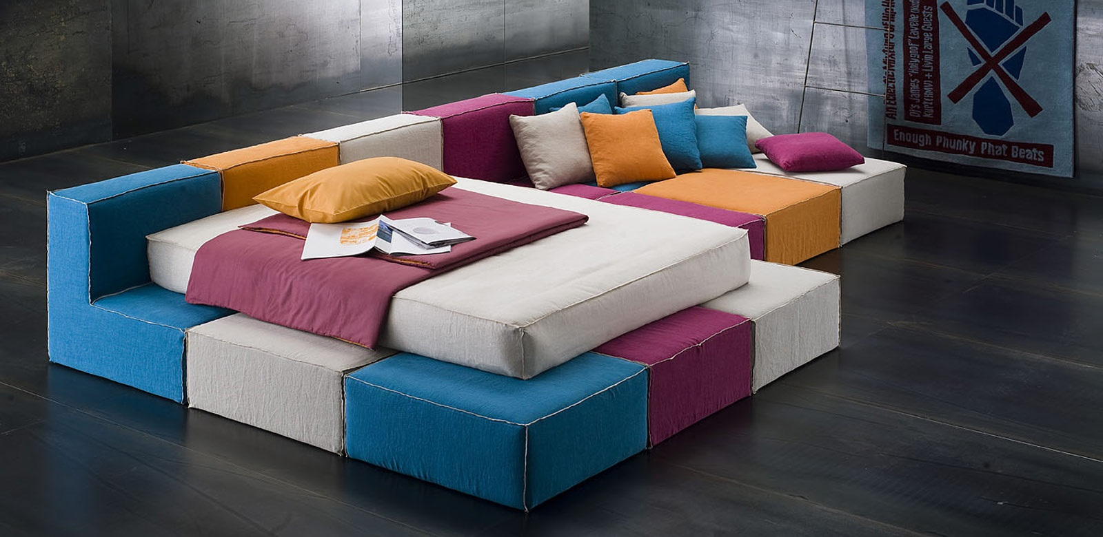 Дизайн бескаркасного дивана