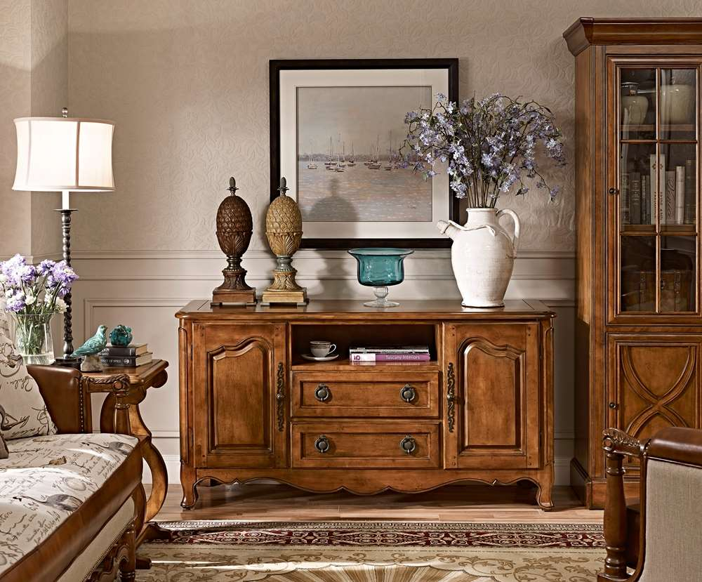 Дубовая мебель в гостиной