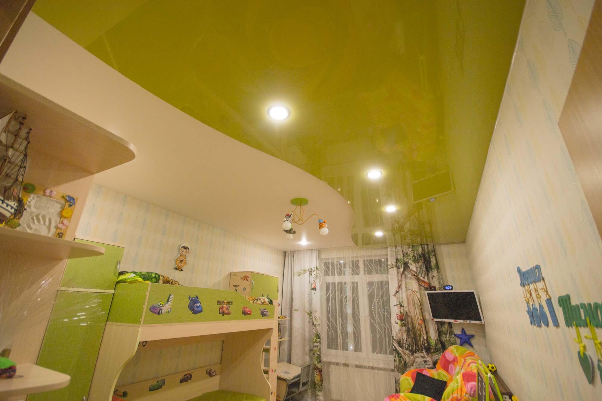 Двойной зеленый потолок