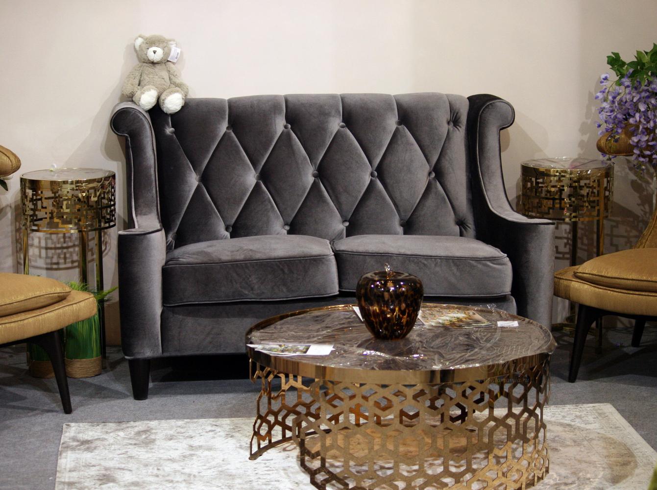Двухместный велюровый диван