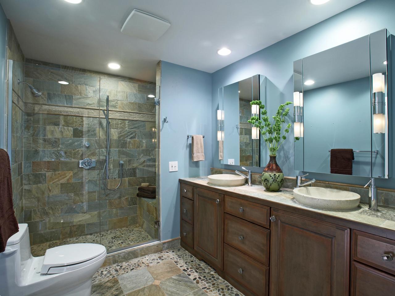 Ванная в экологичном стиле с подсветкой