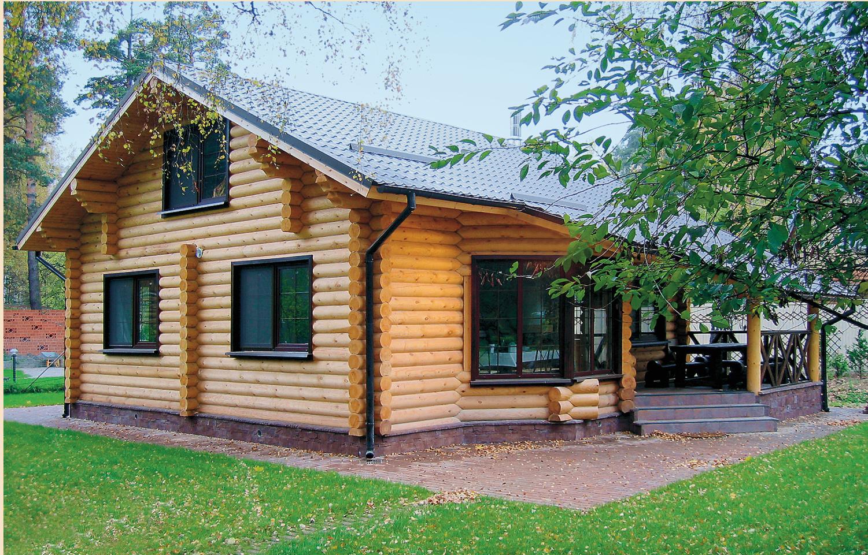 Дом из бревна с эркером