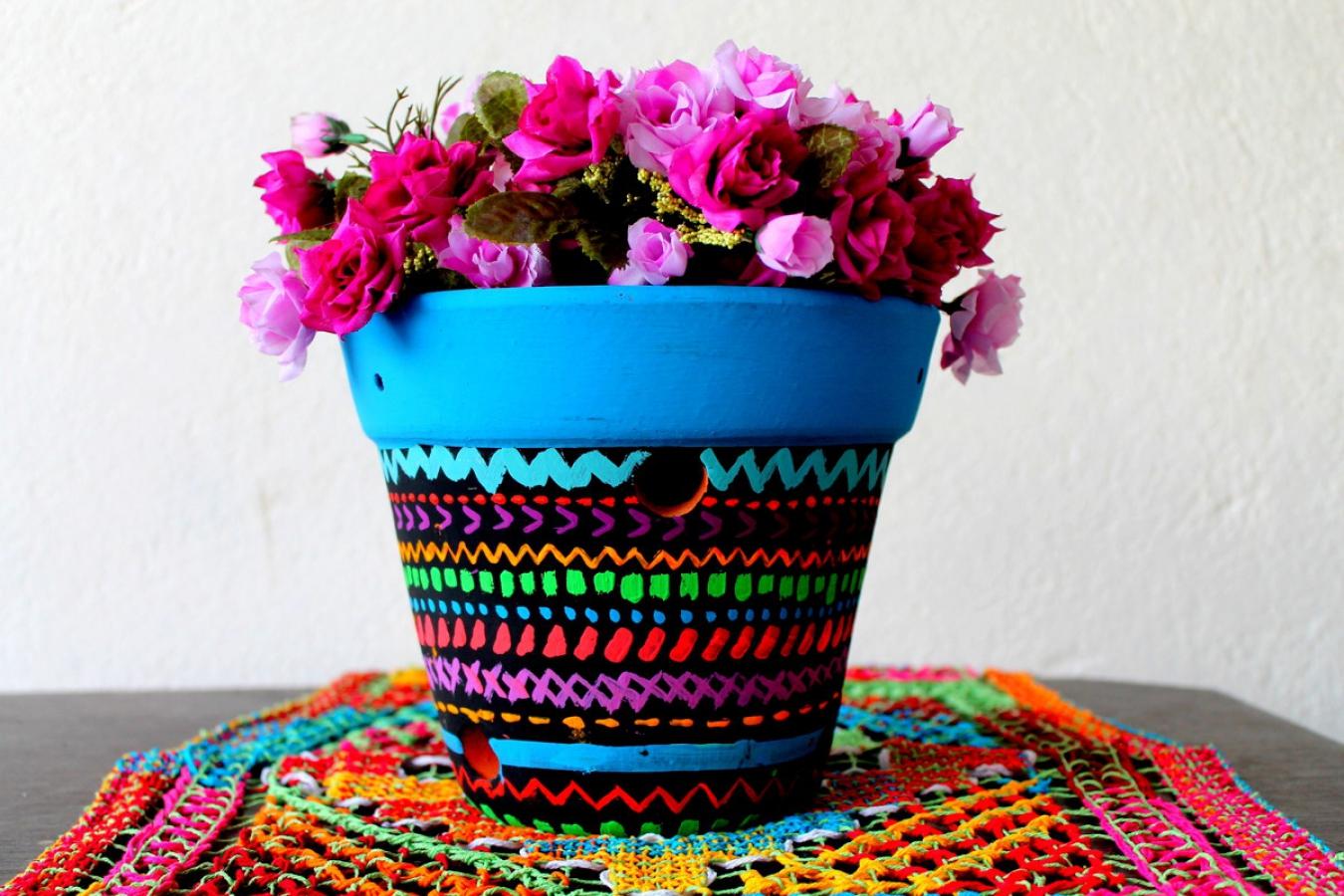 Цветочный горшок в этническом стиле