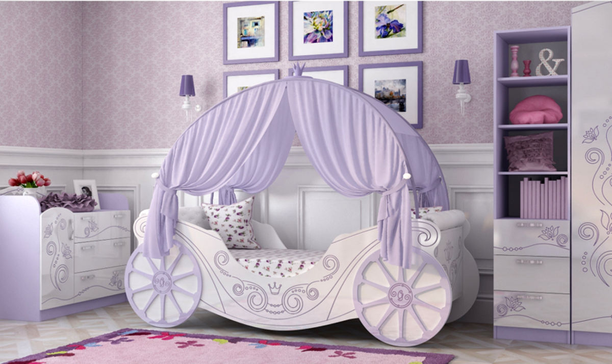 Кровать-карета фиолетового цвета