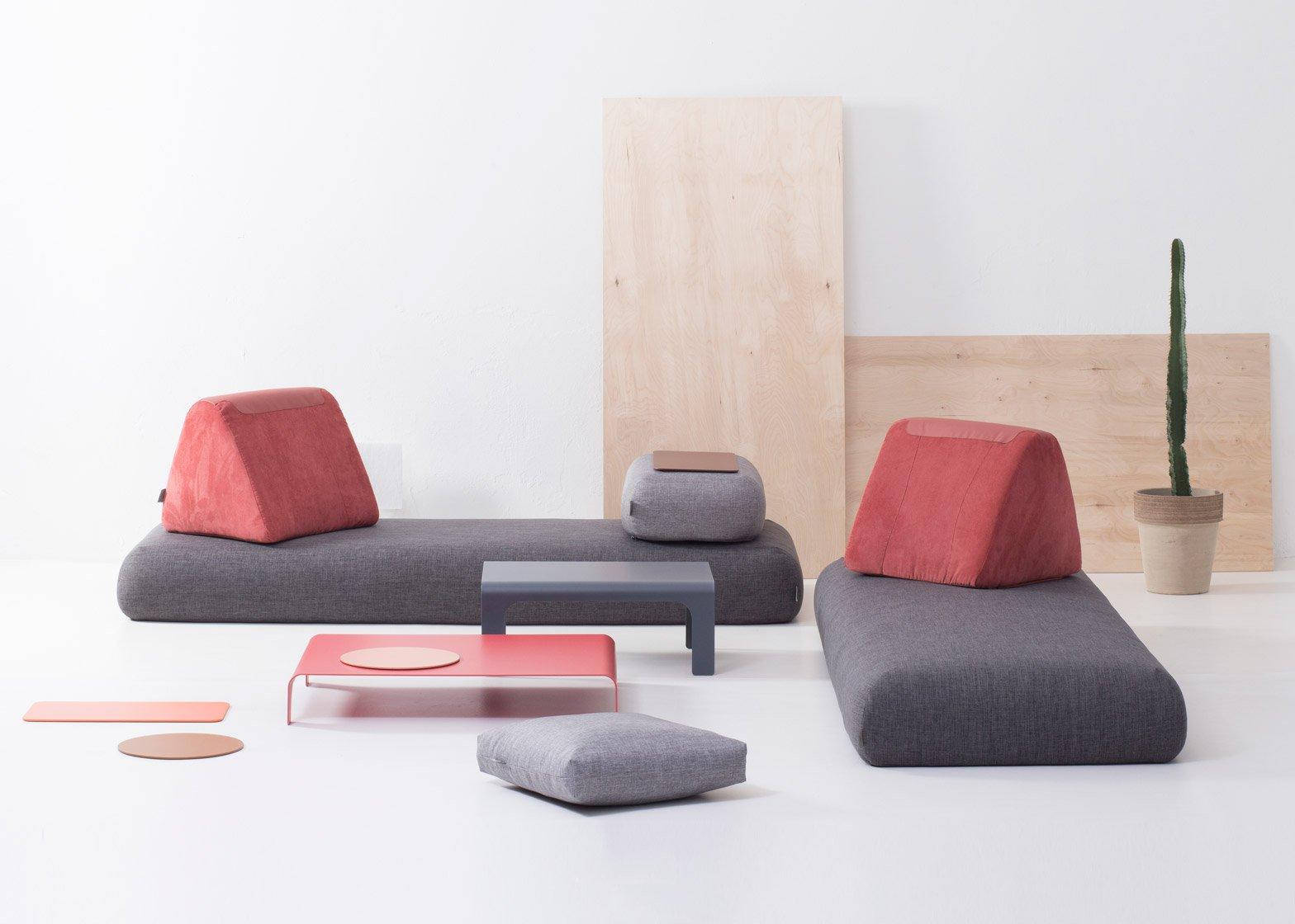 Бескаркасный диван в футуристичном дизайне