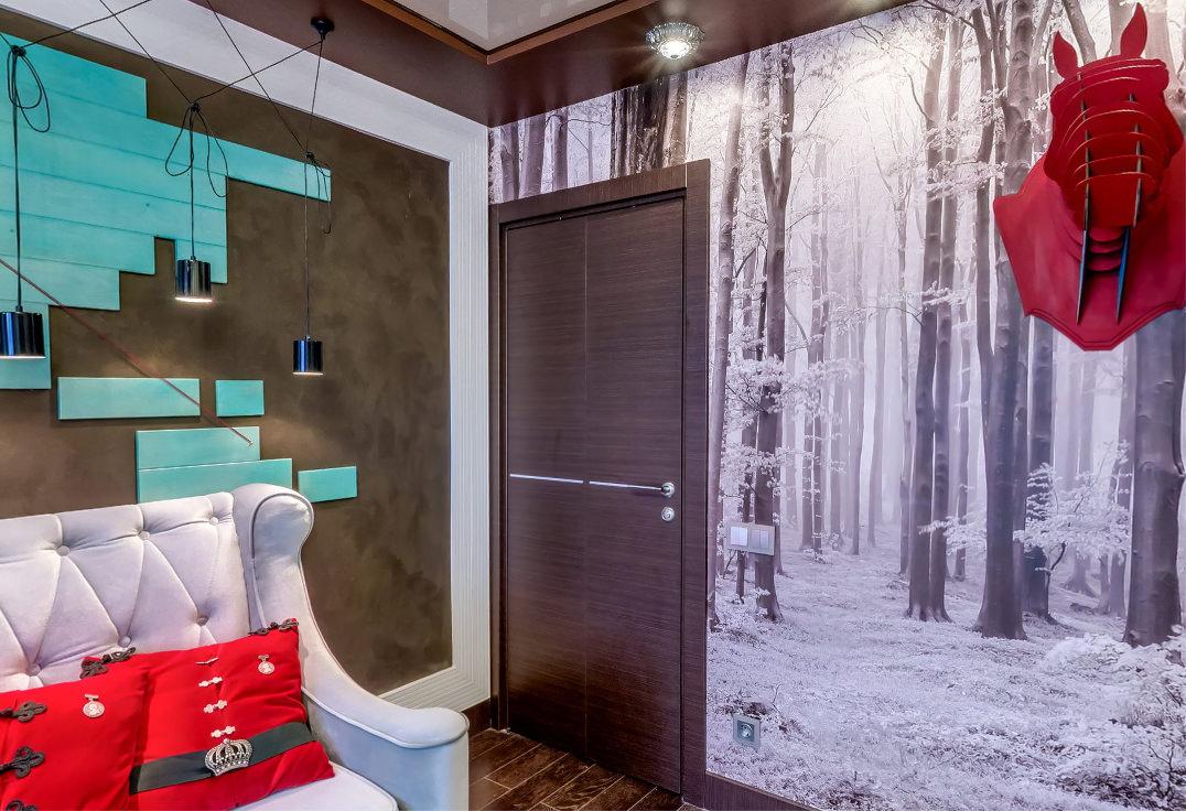 Дверь цвета венге в гостиной