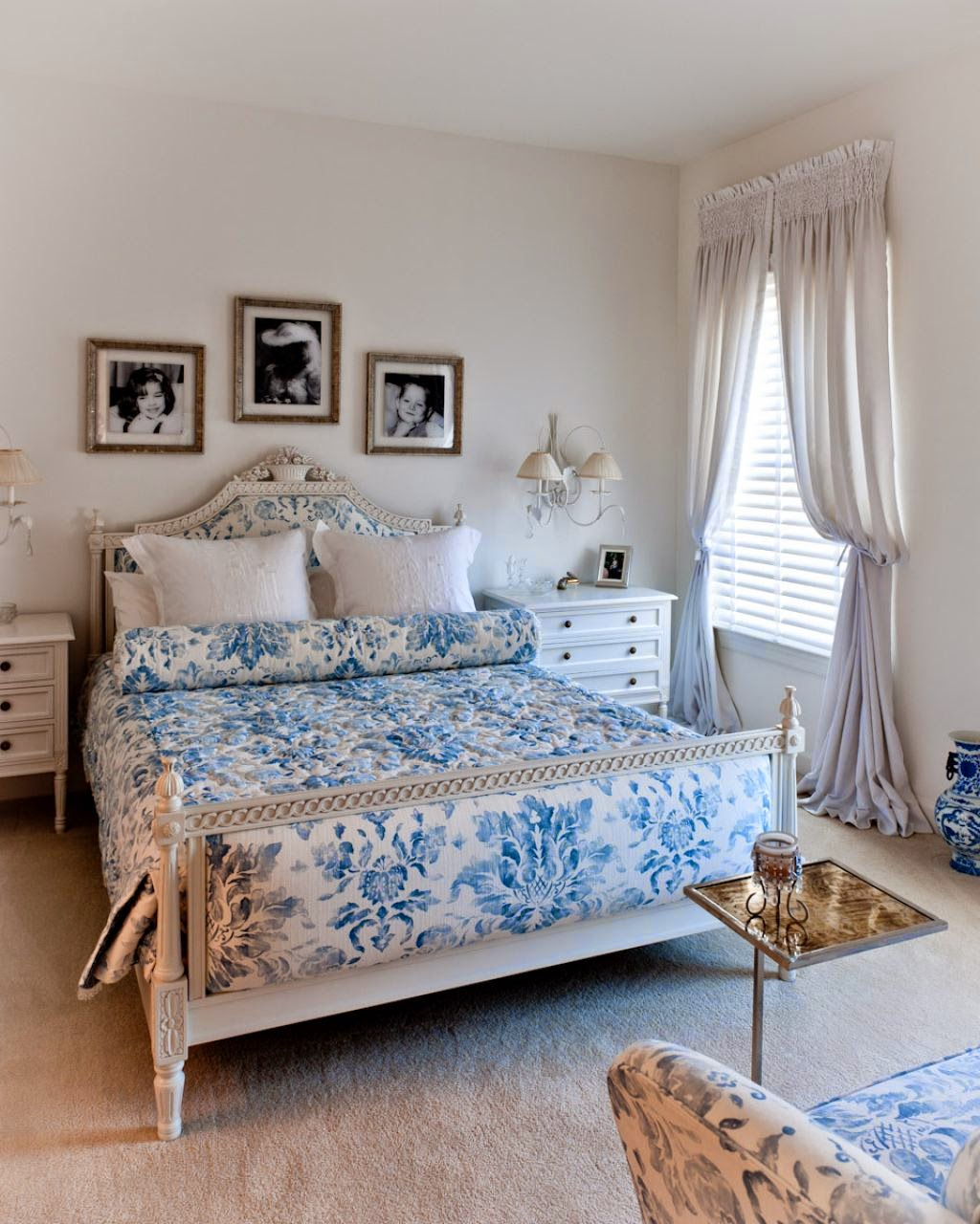 Голубое покрывало для спальни