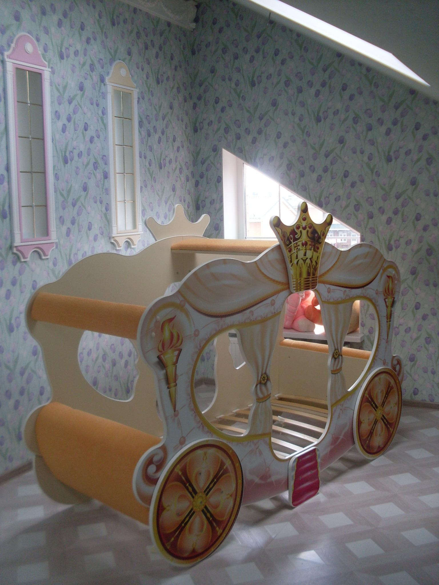 Кровать-карета с каркасом