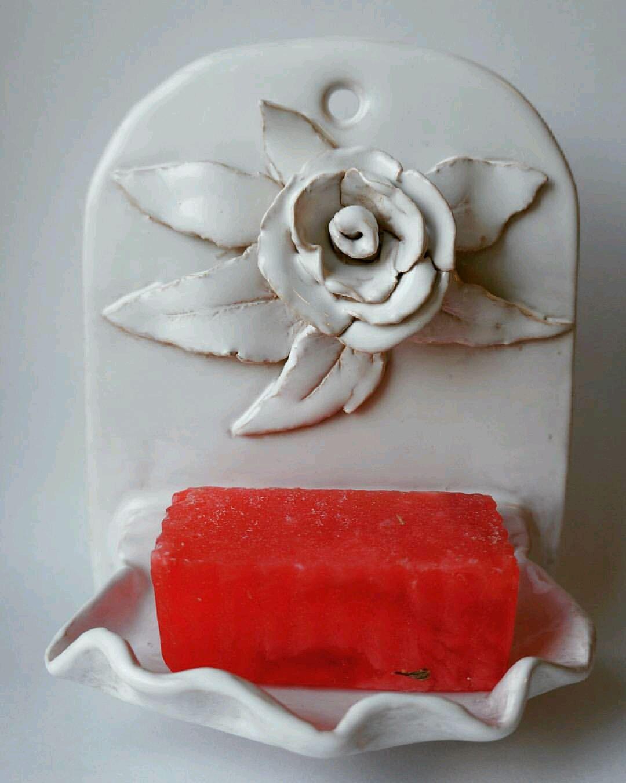 Керамическая мыльница для ванной