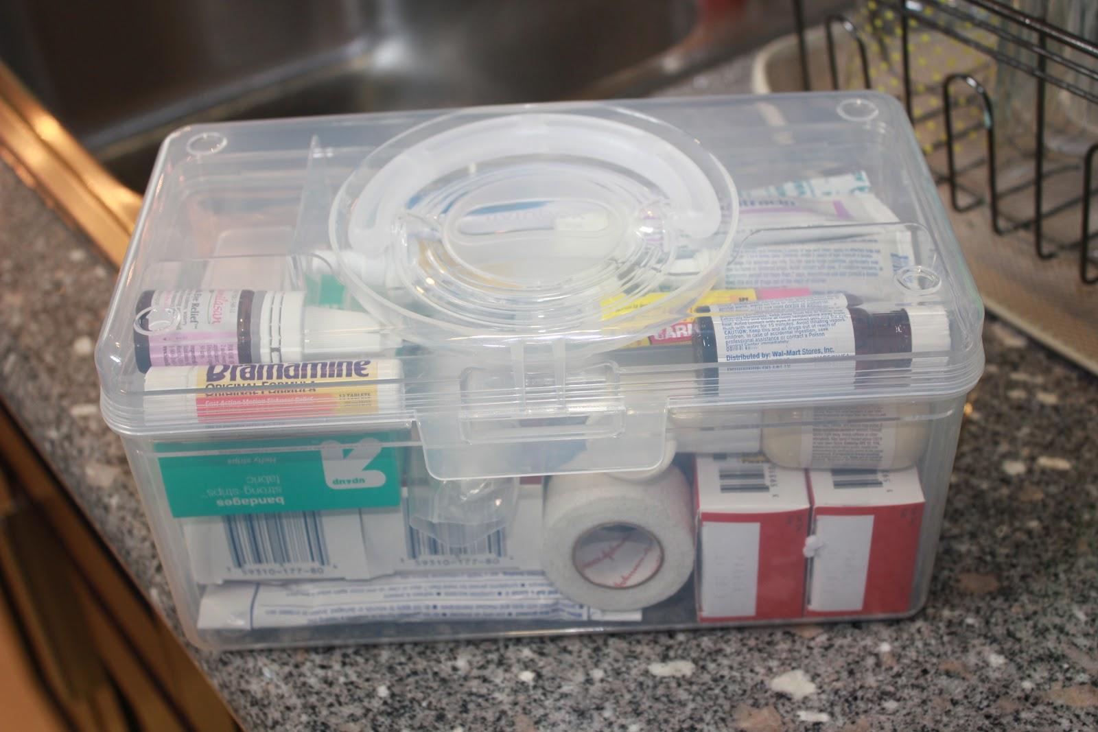 Хранение лекарств в контейнере