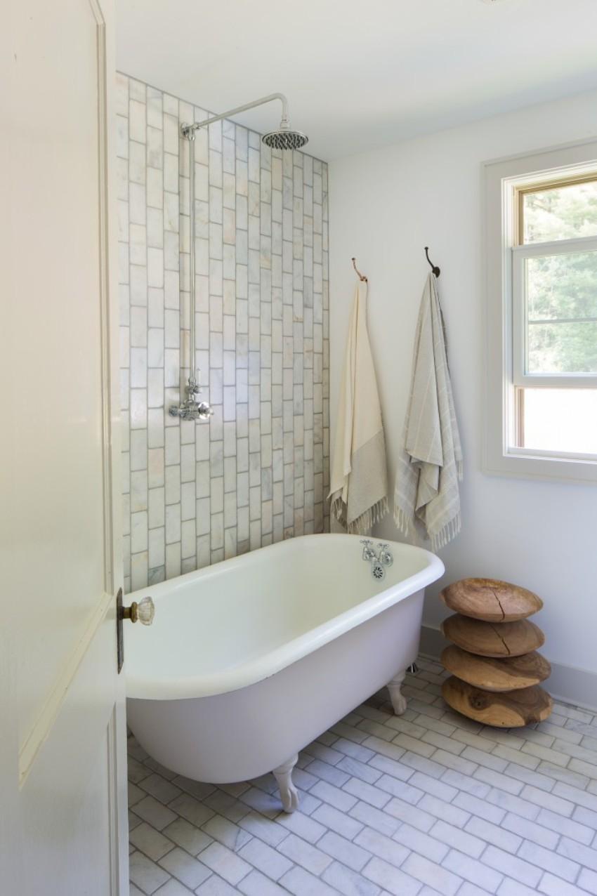 Кованый крючок для ванной